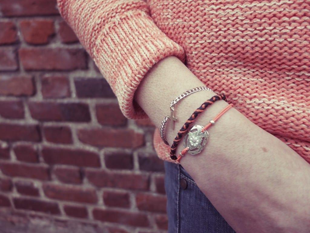 Concours foulard Esther Bonté, bracelet Ma Demoiselle Pierre et Gas bijoux