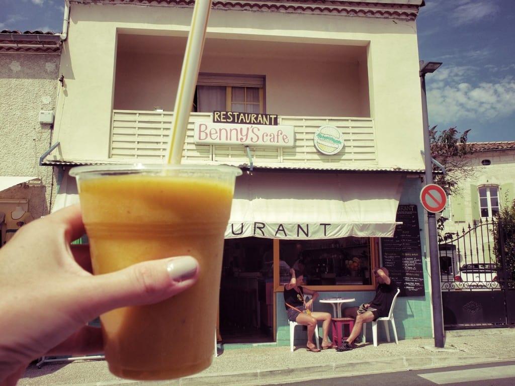 Benny's café
